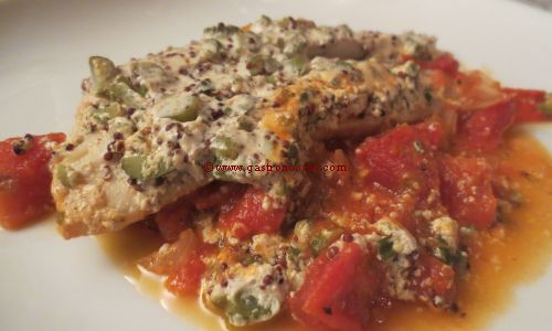 Poisson à la moutarde sur lit de tomates provençales