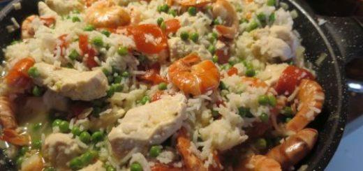 Poêlée de blancs de poulet aux crevettes