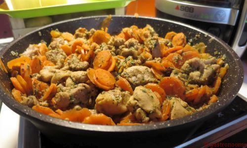 Emincé de poulet aux carottes