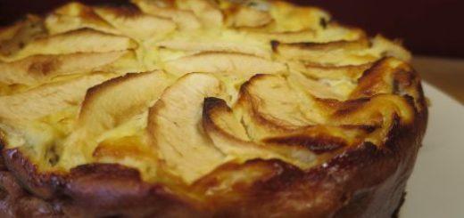 Gâteau aux pommes et fromage blanc