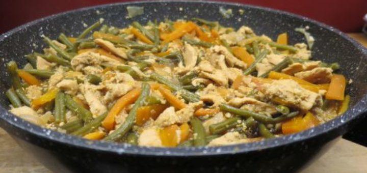 Poêlée de poulet aux haricots verts