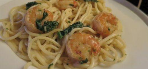 Spaghettis aux crevettes flambées