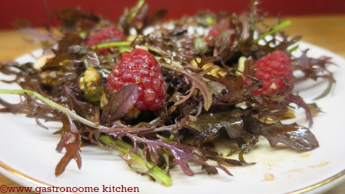 Salade framboises & noix