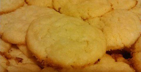 Biscuits craquelés au citron et à la noix de coco